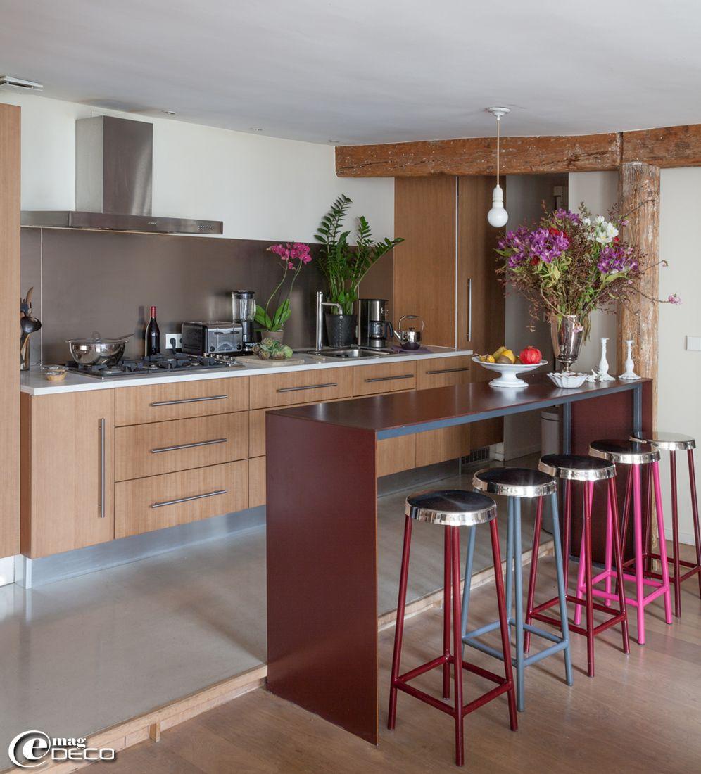 cuisine en oberflex, un placage mdf stratifié bois, vaisselle