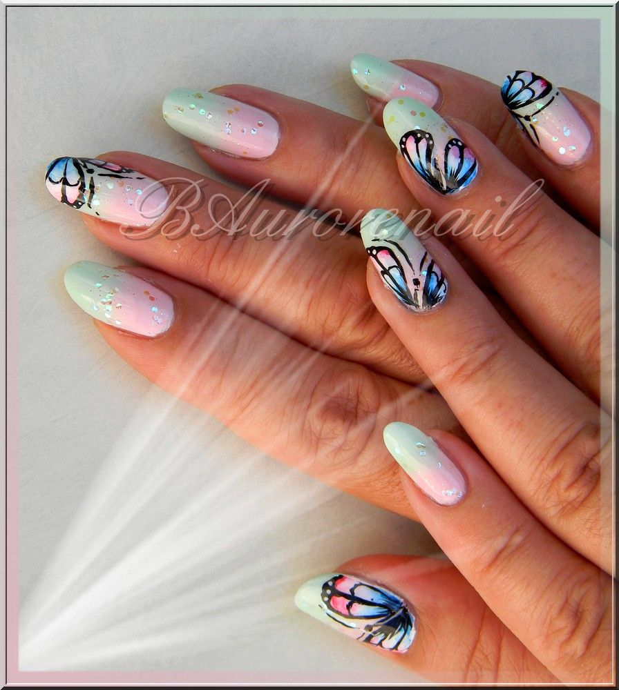 Nail Art Degrade Et Papillon Aquarelle 9 Vernis A Ongles Ongles