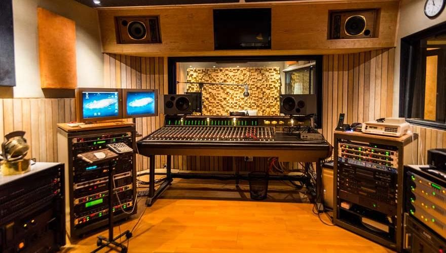 how to build a sound studio at home