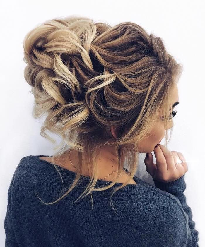 Quirky Wedding Hairstyle: Featured Hairstyle: Elstile Wedding Hairstyles And Makeup