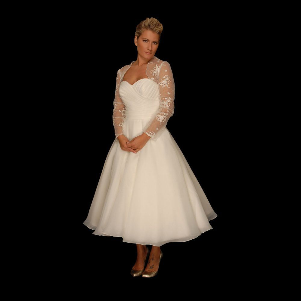 Image Result For Plus Size Ankle Length Wedding Dresses David S Bridal Ankle Length Wedding Dress Wedding Dress Styles 1950s Style Wedding Dresses [ 1000 x 1000 Pixel ]