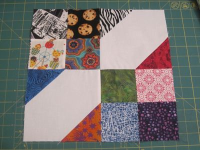 BUMBLE BEE QUILT BLOCK PATTERN | Quilts & Patterns | Scrappy ... : quilting individual blocks - Adamdwight.com