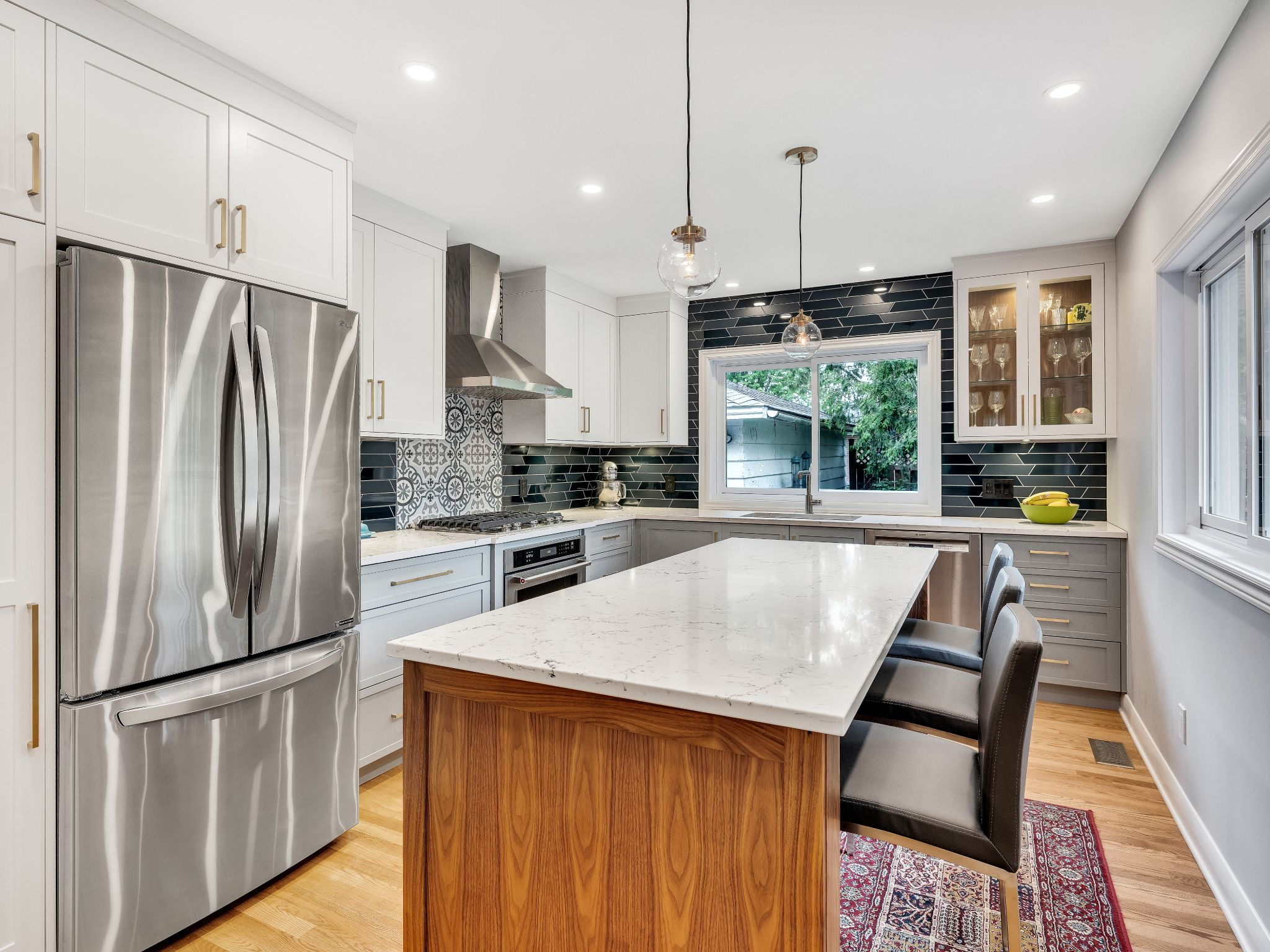 White Walnut Kitchen In 2020 Walnut Kitchen Custom Backsplash Kitchen Design
