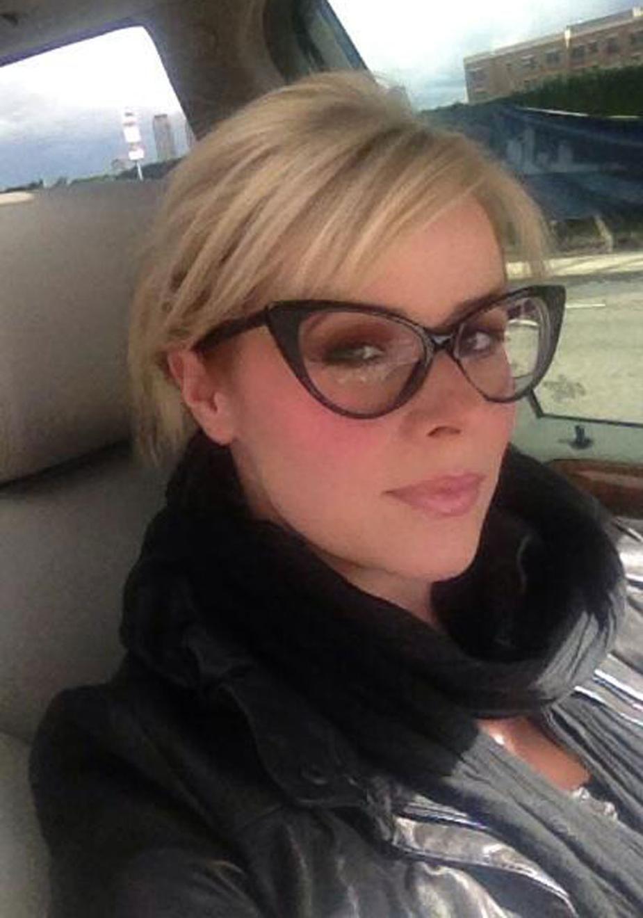 Alexa Prisco In Her Tom Ford Cat Eye Specs Gorgeous