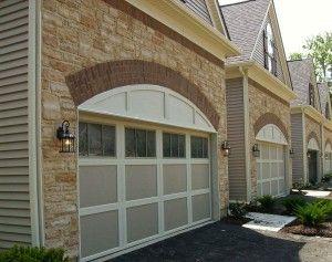 Merveilleux Beige Garage Door With White Trim And Garage Door Window Inserts