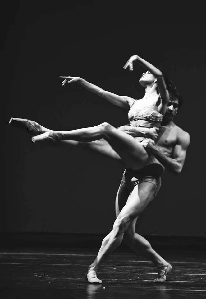 397e4d899b56 Strength, Balance & Beauty. | Baile | Danza arte, Baile y Danza y baile