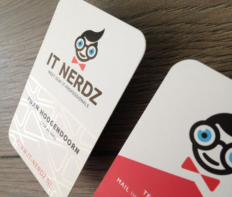 Pin by Ruth Wellington on Creative 2D & 3D Business Cards ...