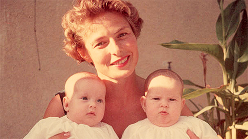 Ingrid Bergman with her twin daughters, Isabella and Isotta Rossellini c.1953  주식사이트  주식사이트  주식사이트  주식사이트  주식사이트  주식사이트  주식사이트  주식사이트  주식사이트  주식사이트  주식사이트  주식사이트  주식사이트  주식사이트  주식사이트