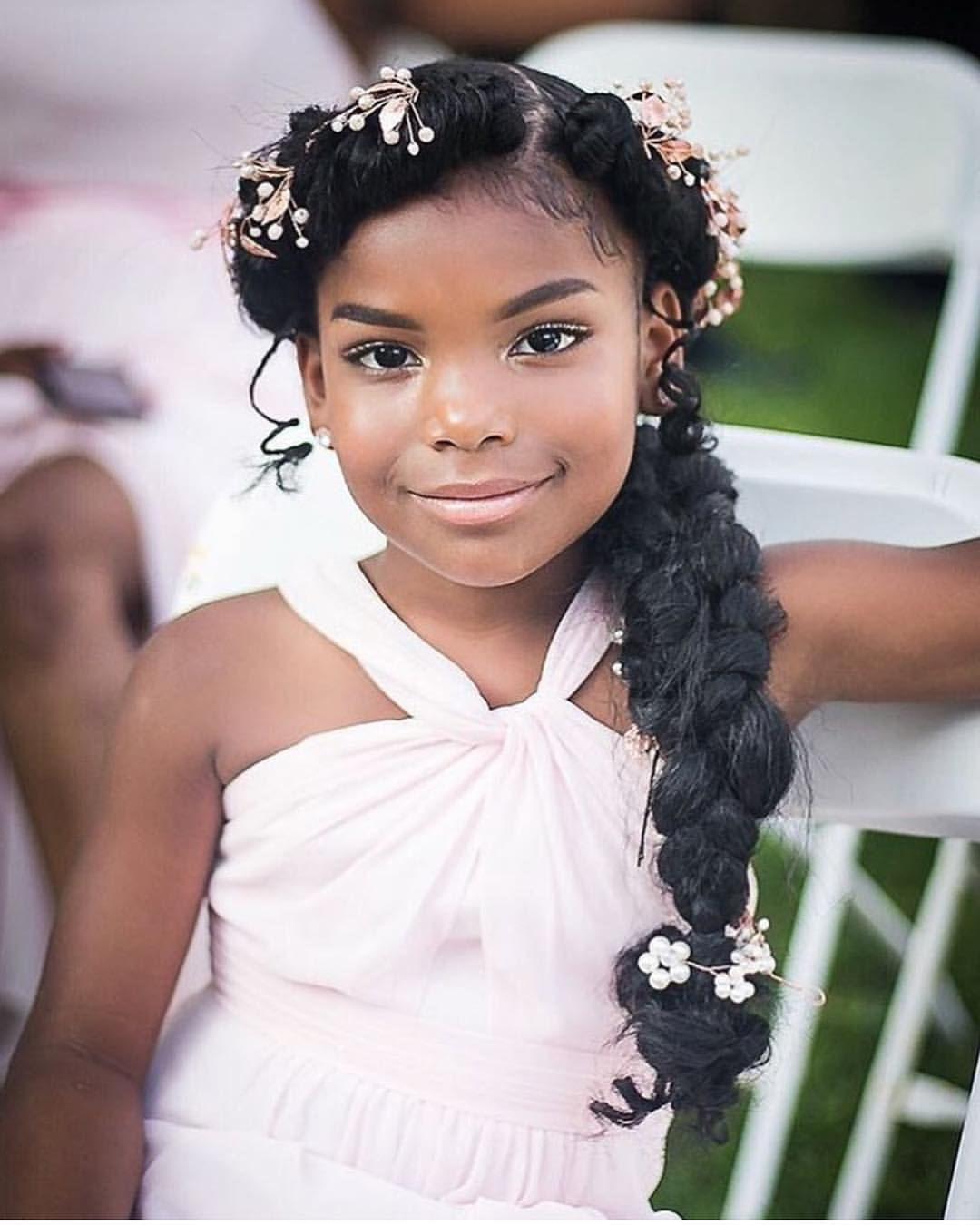 Flower Girl Hairstyles: Flower Girl! @h3rso_cute's #minibridesmaid _