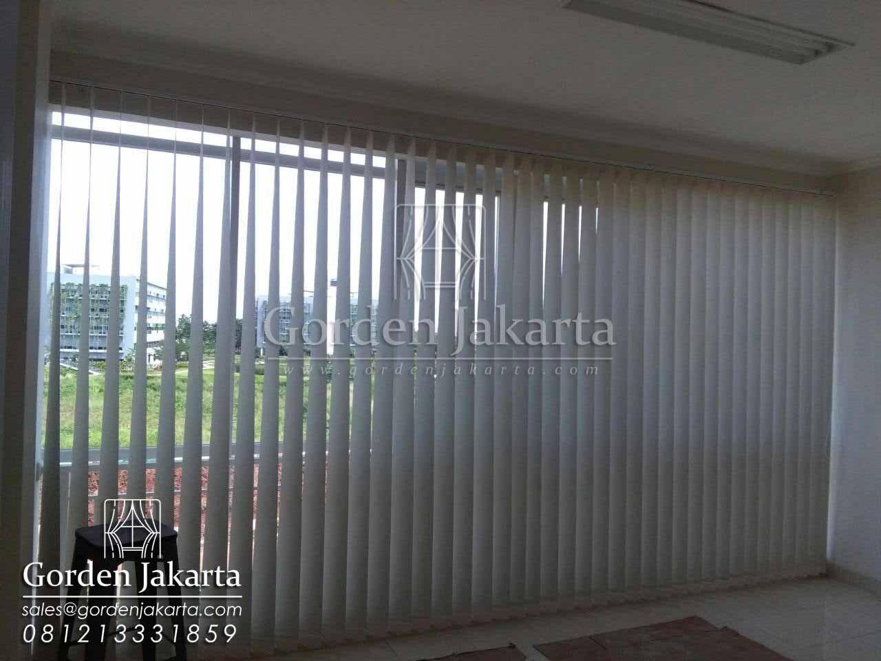 Gorden Kantor Terbaru Vertical Blinds Tirai Jendela Kantor