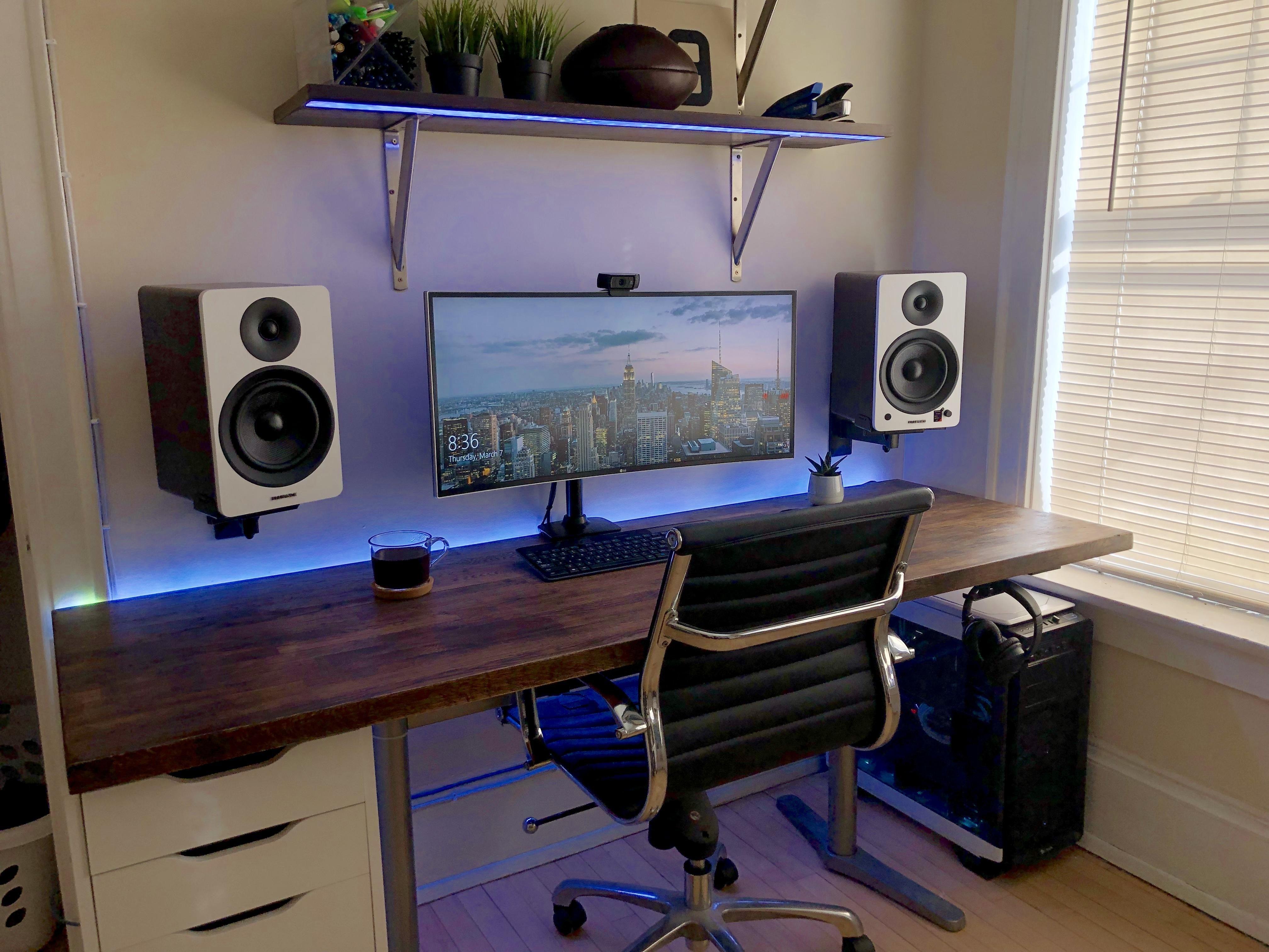 Clean Walnut & White battlestations Home office setup