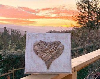 Driftwood heart in 2020 | Driftwood art, Rustic wall art ...