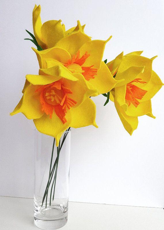 Felt flower bouquet alternative bouquet spring bouquet yellow yellow daffodils spring daffodils yellow narcissus felt flower bouquet felt daffodil mightylinksfo