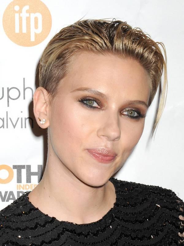 Scarlett Johansson New Haircut Google Search Short Hair