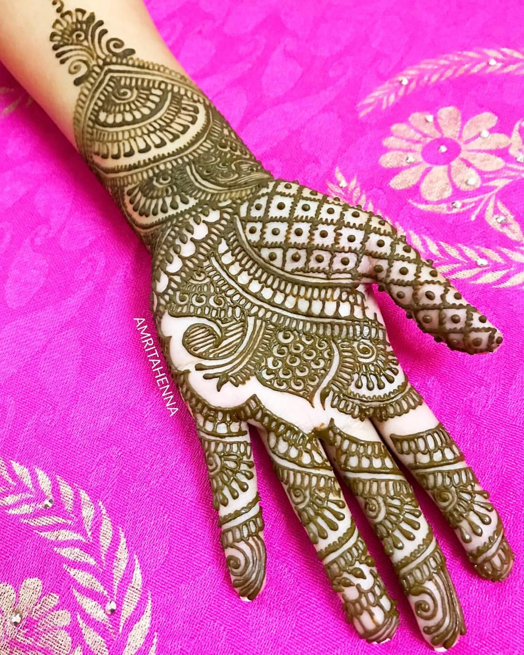 Beautiful Arabic Full Hand Mehndi Design