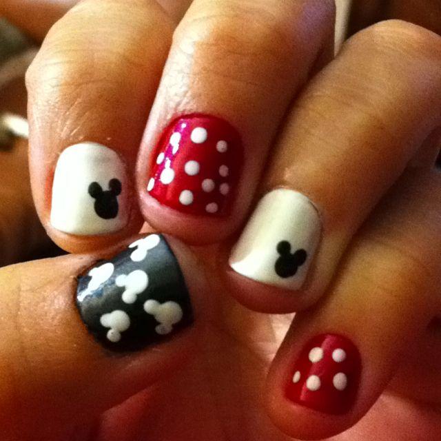 Disney nails @Marlene Hodgson | Nails | Pinterest | Manicuras ...