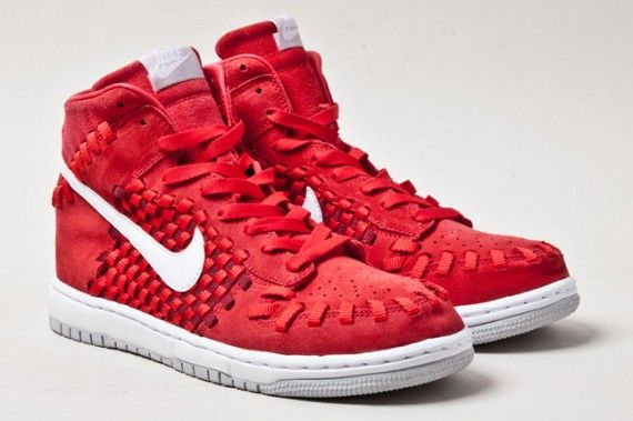 premium selection 4205a c4d6f Nike Dunk High Woven Red