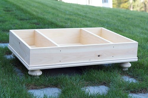 diy storage ottoman - I'm going to have Rick make this. Mike Grant gives a simple and clear tutorial.