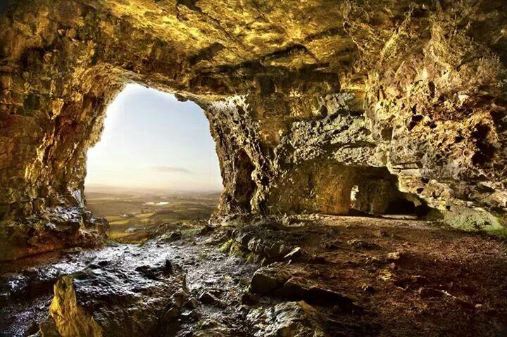 Kesh Caves, County Sligo, Ireland