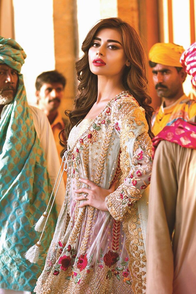 32a18636ec Sadaf Kanwal in Mina Hasan | Indian/Pakistani/Moroccan Clothes ...