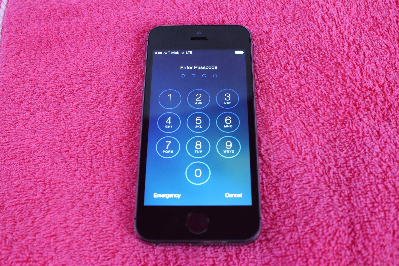 How To: Remove Forgotten PASSCODE iPhone 5S & 5C | iPad Mini iOS