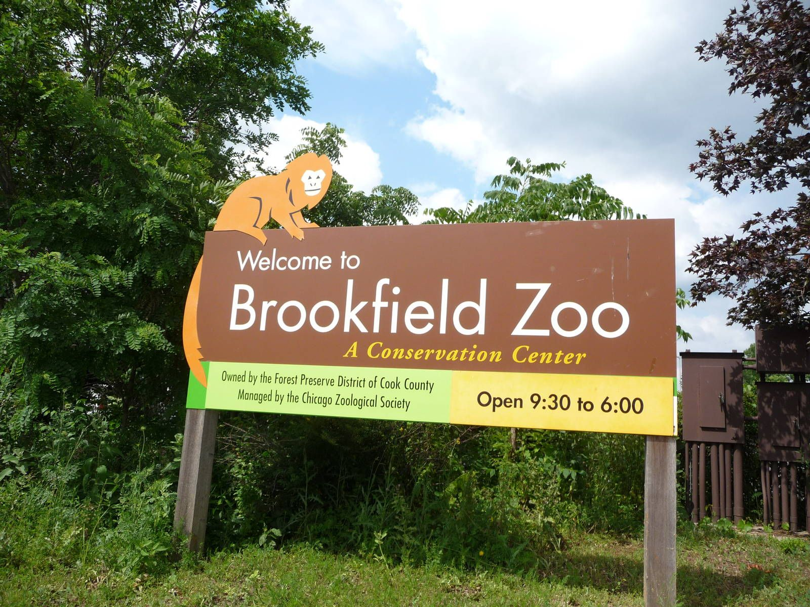 Brookfield Zoo - Entrance Sign Signage