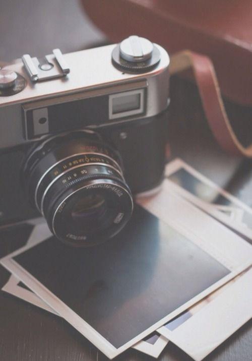 eines seiner lieblingsbesch ftigung beinhaltet das fotografieren am liebsten mit seiner. Black Bedroom Furniture Sets. Home Design Ideas