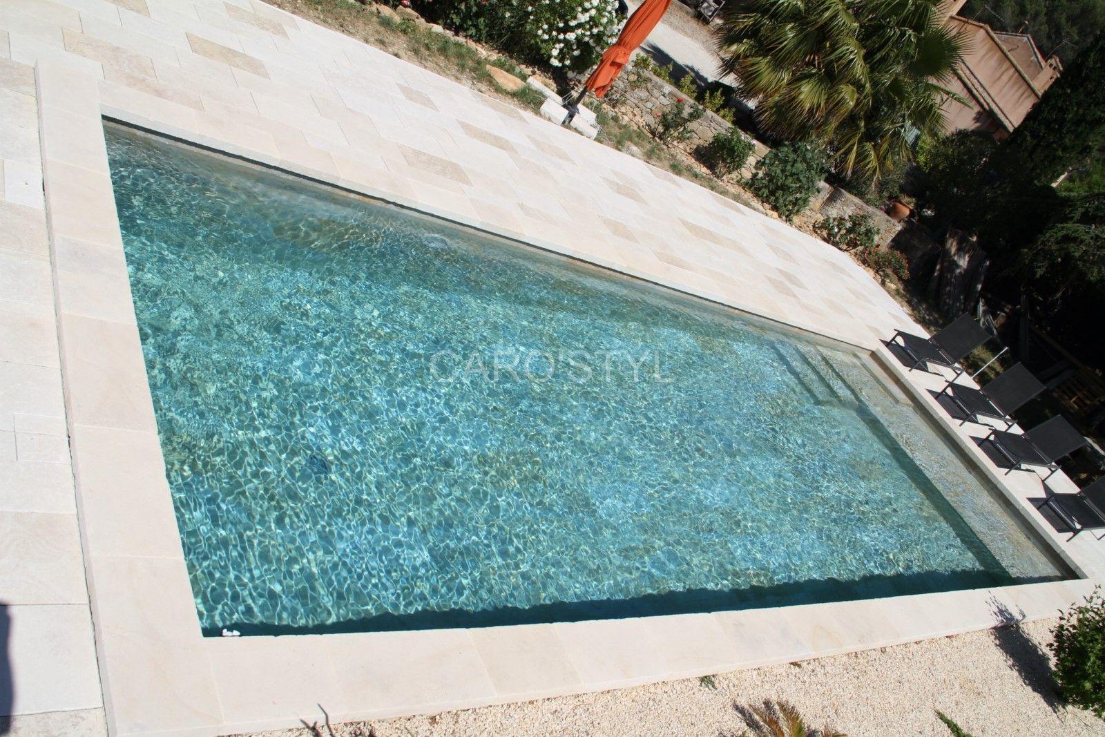 Piscine En Carrelage Sable De Phuket Carrelage Et Salle De Bain La Seyne Var Caro Styl Piscine Carrelage Piscine Pool House