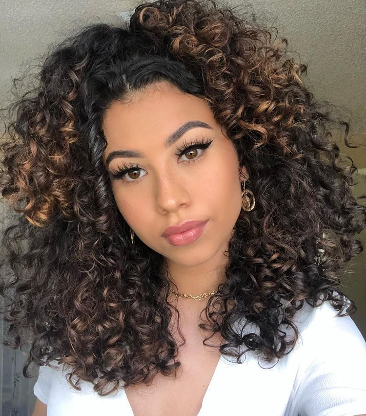 pinterest nandeezy † in 2020 Curly hair styles, Curly