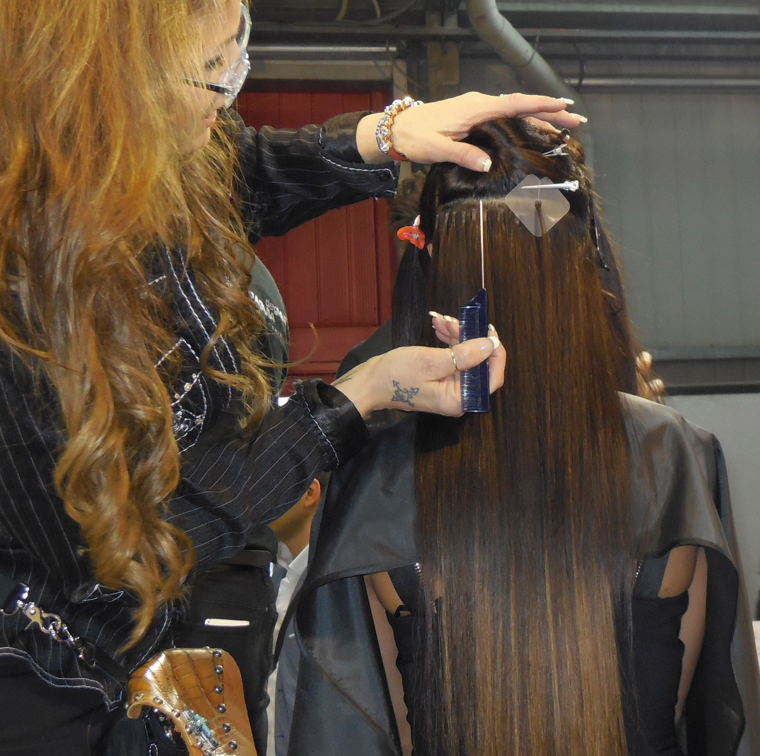 Vikki Parman Of Di Biase Hair Extensions Usa Demonstrates Proper