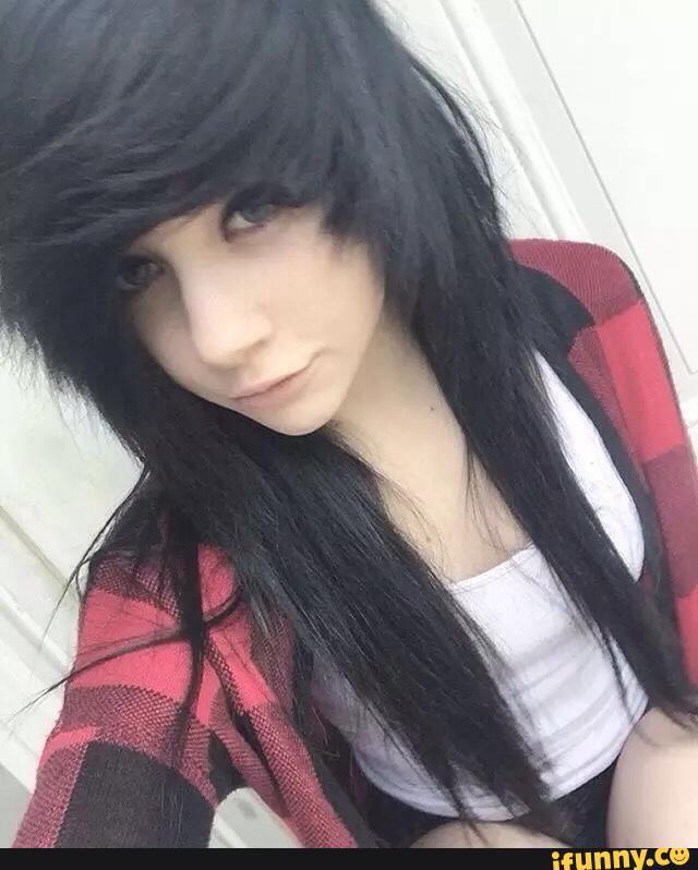 teen-brunette-scene-girl-haircuts-on-black-girls