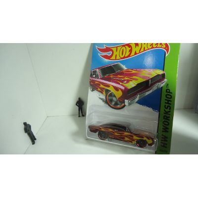 Hotwheels 2015 Dodge Charger 1974 ... AÚN EN MI EXHIBIDOR..https://www.facebook.com/CobraGT700/