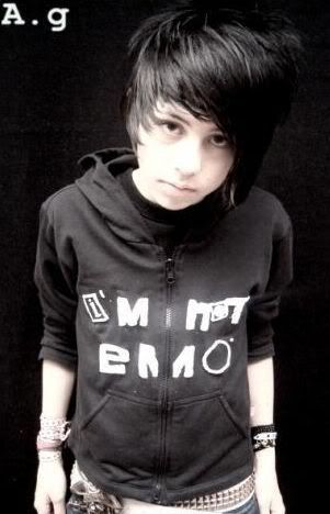 Emo Teenage Boy View Full Size More Emo Hairstyle For Teenage