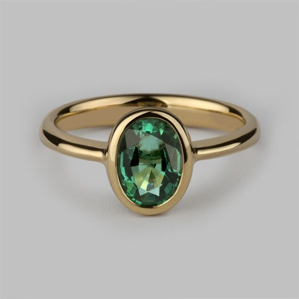 c2c246688acde Oval Halo Ring 18 Carat Yellow Gold & Oval Cut Emerald in 2019 ...