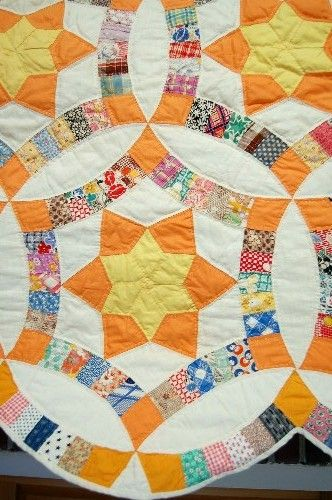 Detail, 1940's Golden Wedding Ring quilt listed at Ebay. $950 is ... : free wedding ring quilt pattern - Adamdwight.com