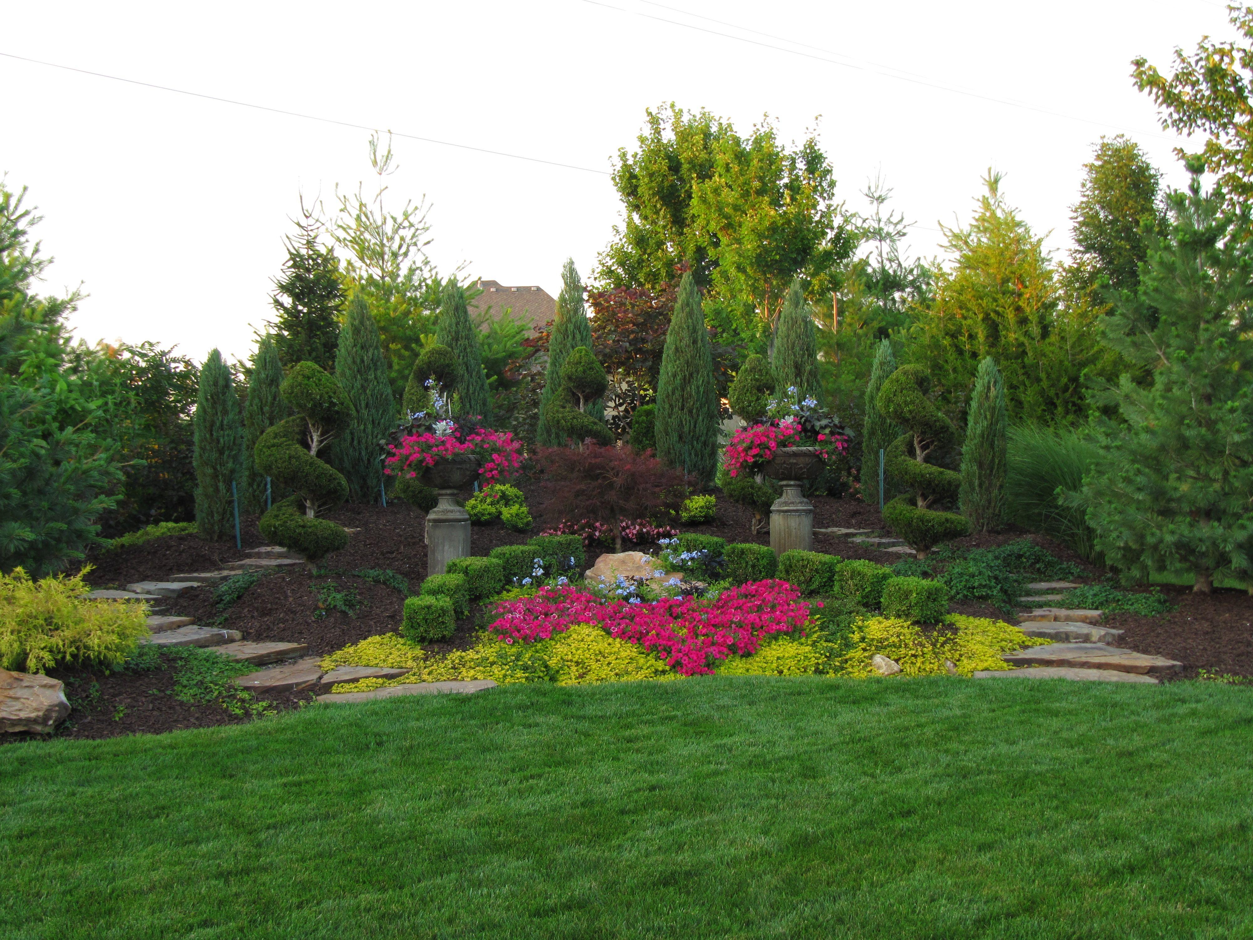 Professional Landscape Design For Homes And Businesses In Kansas City Rose Garden Landscape Landscape Design Garden Landscape Design