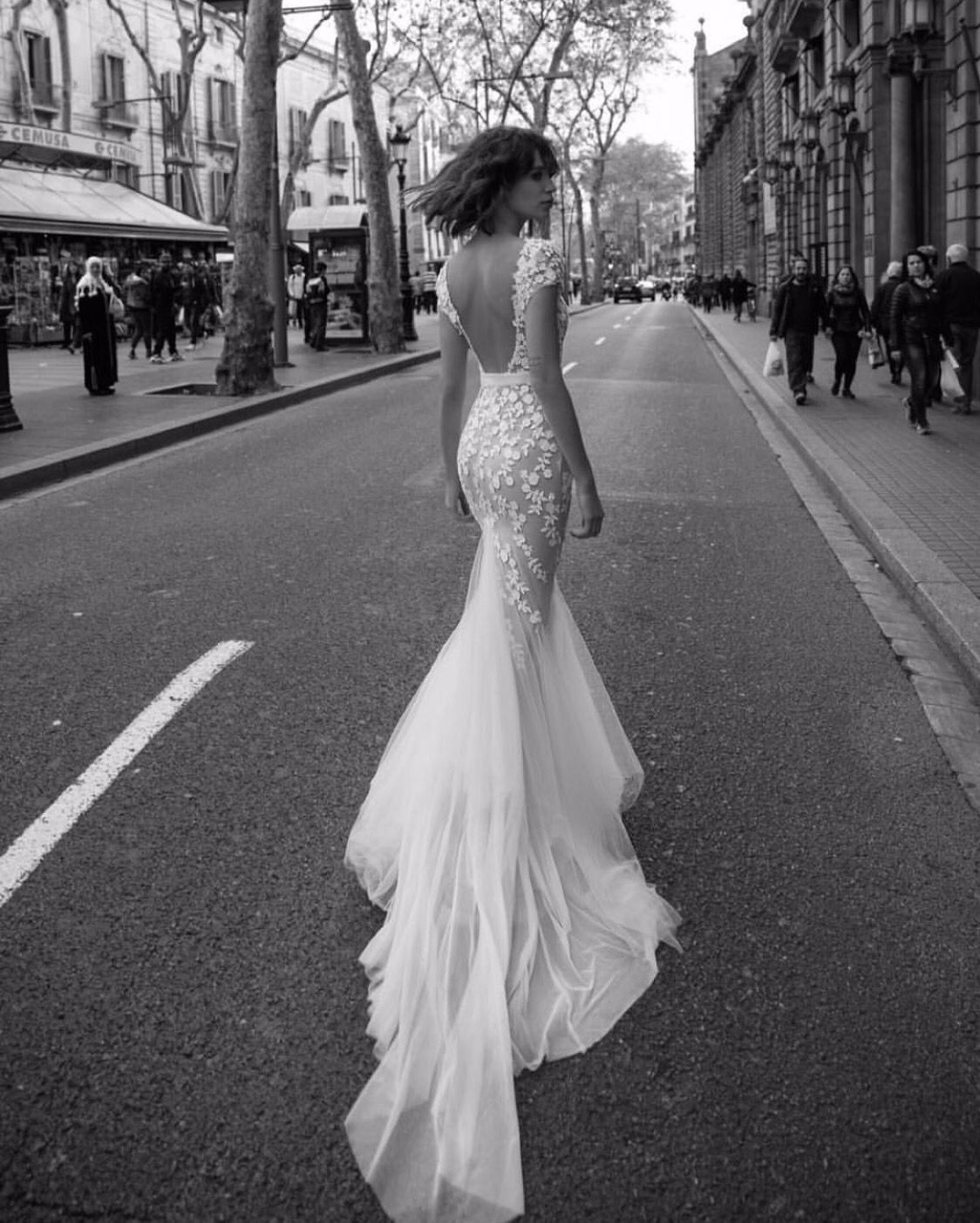 Liz martinez wedding dress  Pin by Angela Huang on Wedding dress u Night gown  Pinterest