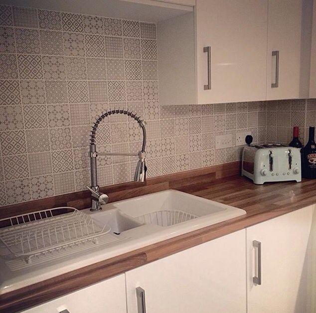 Grey Kitchen Tiles Wall: Kitchen Tiles, Kitchen
