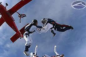 Area Delta 47 Accademia Di Paracadutismo Si Trova A Casale Monferrato Al Ed E Un Associazione Sportiva Nella Nostra Scuola Si Insegna E Si Paracadutismo Sport