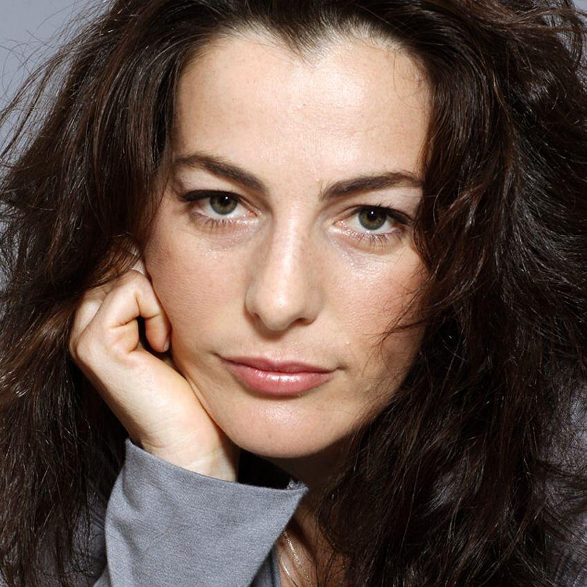 Picture of Ayelet Zurer