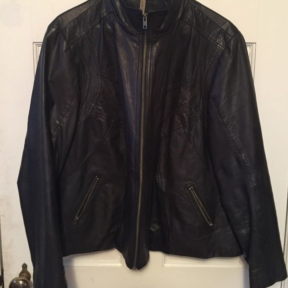 065de7d78d4 Leather Jacket 100% leather jacket. Straight collar - has been worn before.  No