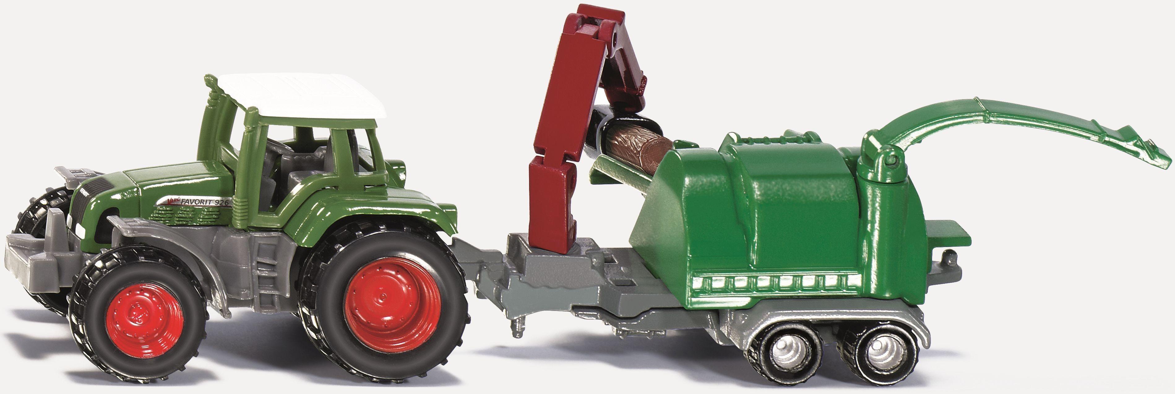 Met bijna ontembare kracht hakt de originele machine van het merk JENZ boomstammen in snippers. Dit deel van de houtoogstserie vult SIKU aan met een bijzonder model, gemaakt van metaal en kunststof. Deze combinatie van Fendt tractor met mobiele hakselaar voorzien van kraan, grijper, beweegbare invoertafel en uitwerpblower voelt zich in elke kinderkamer thuis.   - Tractor met houthakselaar SIKU