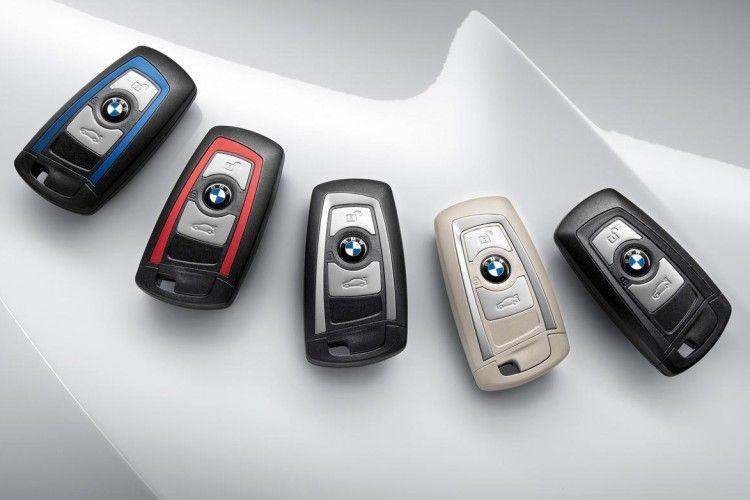 The Evolution Of Bmw Keys Bmw Key Bmw 3 Series Bmw Dealership