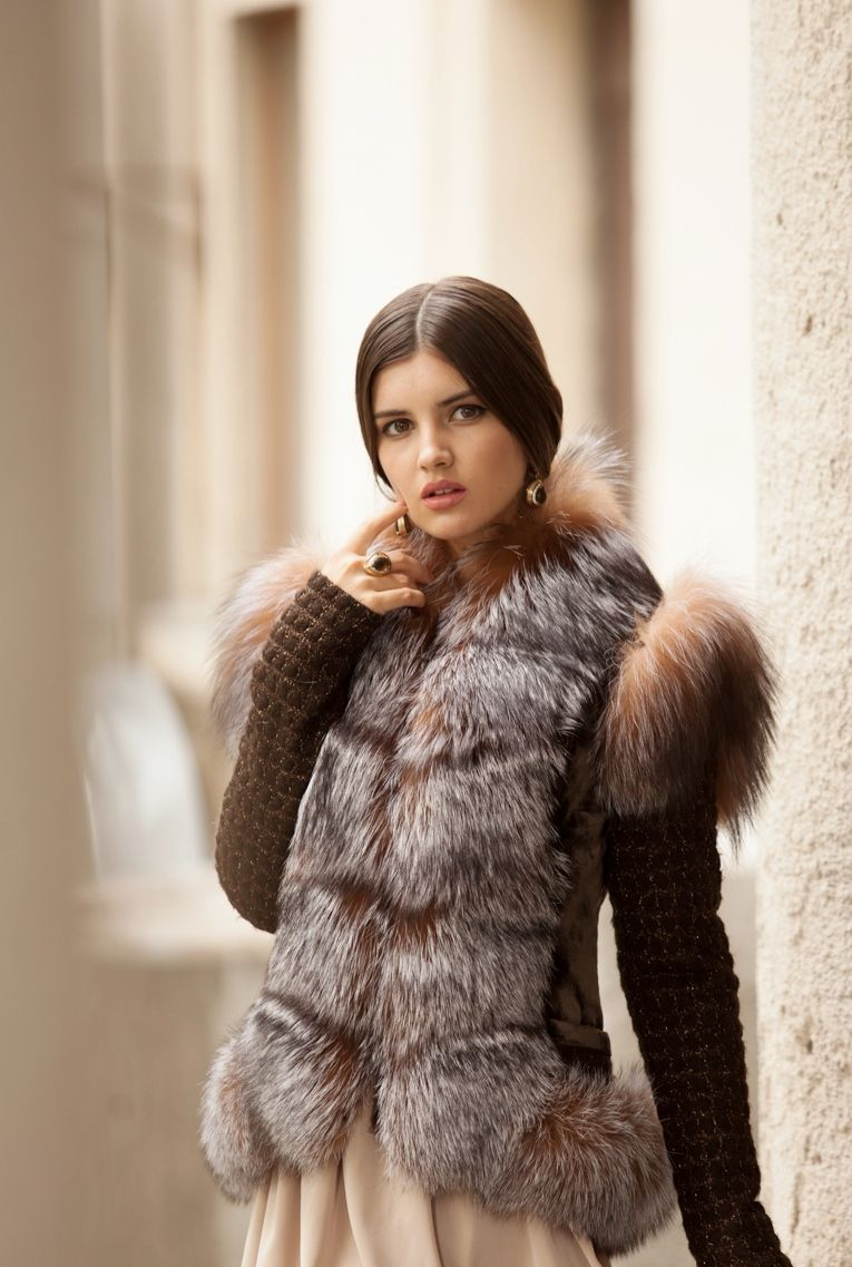 меховые жилетки модные тенденции фото россии
