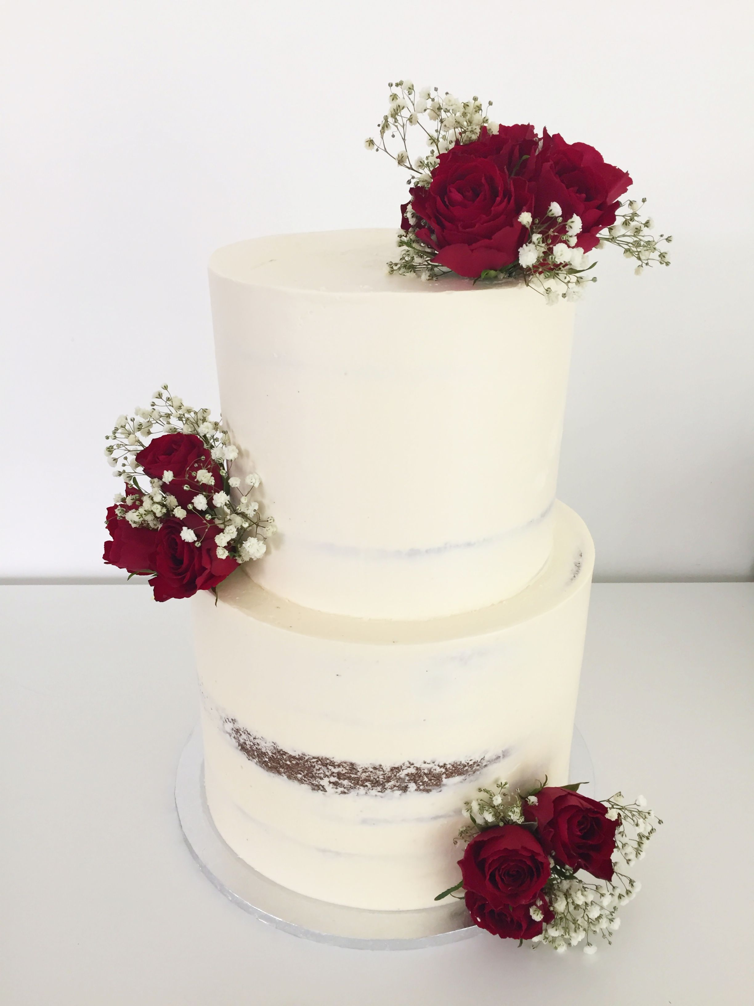 2 Tier Wedding Cake with Red Roses & Baby\'s Breath. Top Tier ...