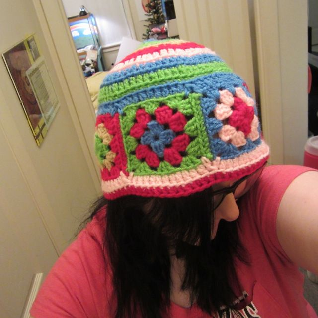 Free crochet pattern waiting for spring granny square hat, beanie ...