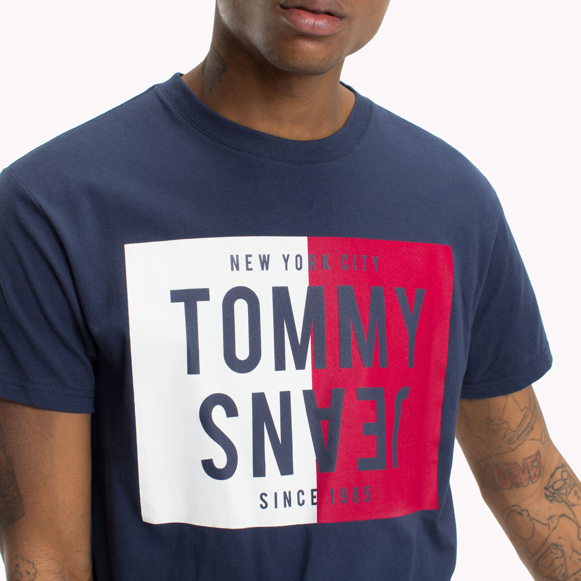 Tommy Hilfiger Reverse Logo T-Shirt - Black Iris L  b855c5a409