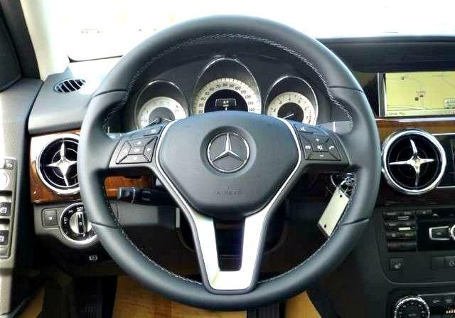 New 2015 Mercedes Benz GLK-Class GLK350. Napleton Autowerks Bourbonnais