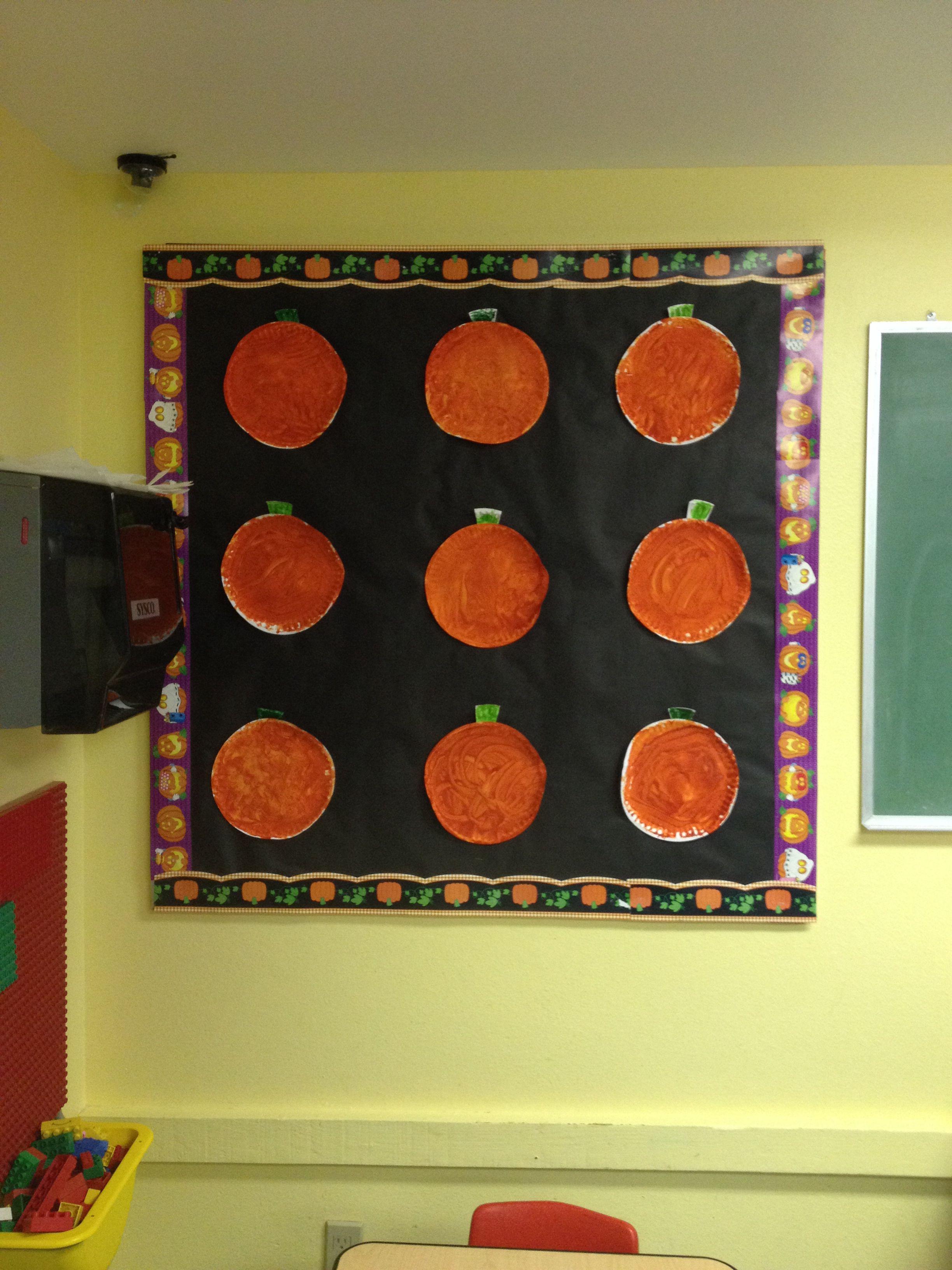 Preschool Bulletin Board for October/Halloween 2013!! Painted paper - classroom door halloween decorations