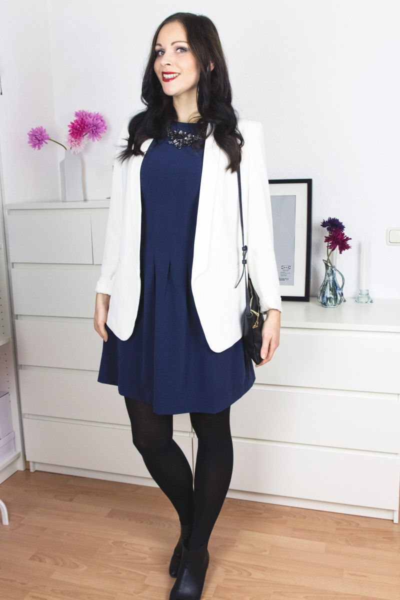 Kleidermädchen - All I Want for Christmas Outfit : Dress & Blazer - H&M | Ankle Boots - Zign | Necklace - Gerry Weber | Lipstick - MAC |